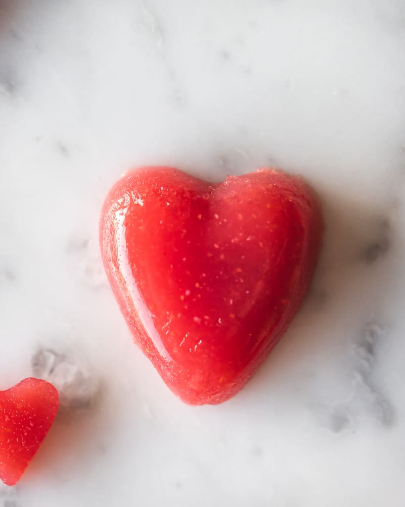 heart shaped kombucha gummy snacks