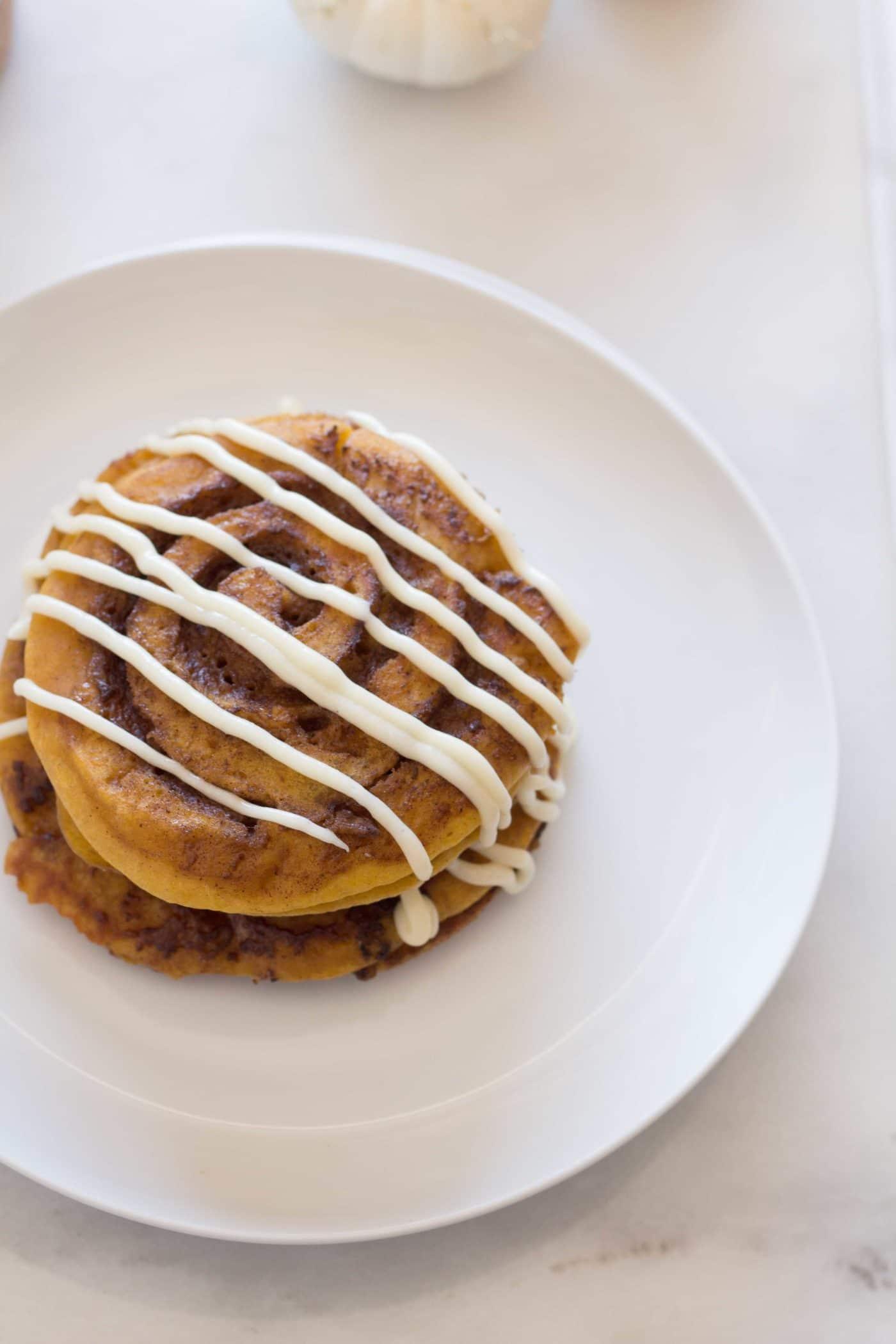 Gluten Free Pumpkin Cinnamon Roll Pancakes - Le Petit Eats