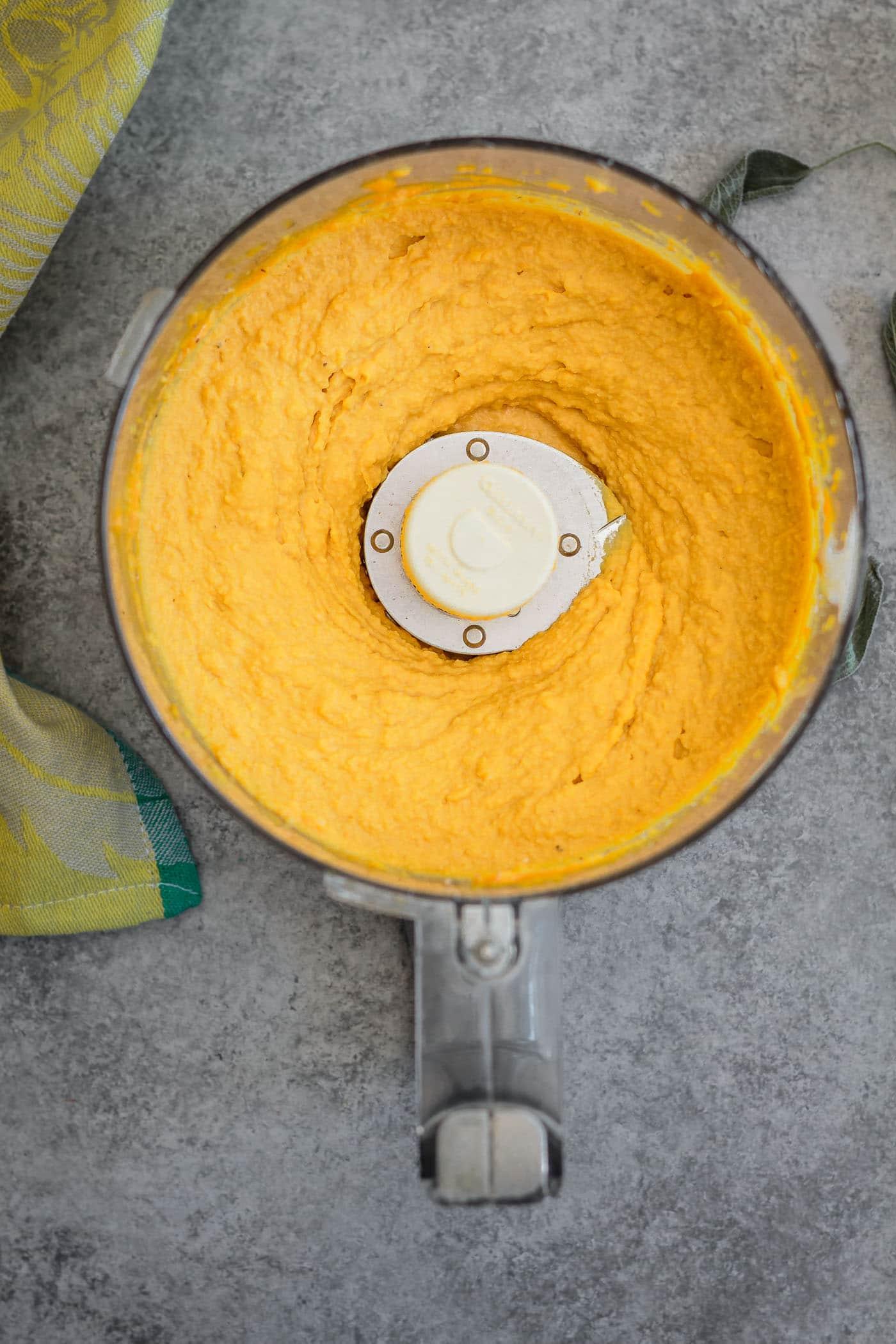 Pumpkin Sage Hummus