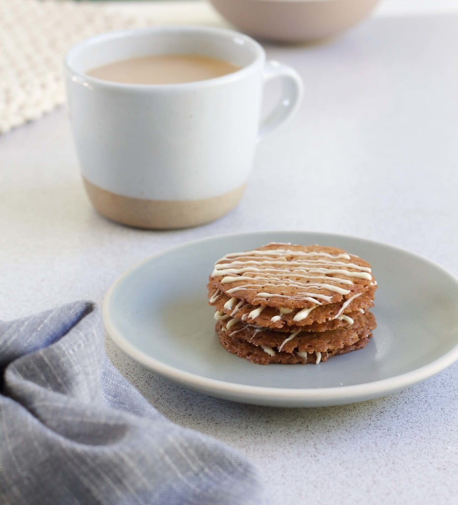 Chai Lace Cookies