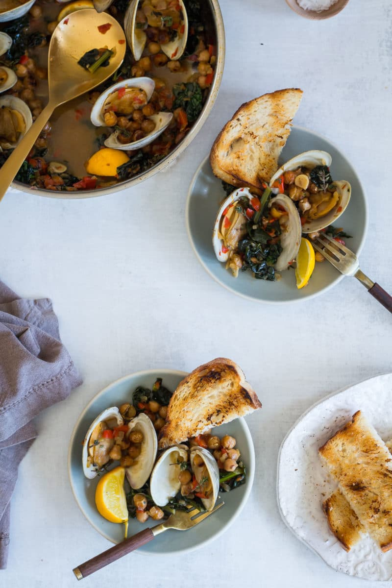Clams with Sofrito