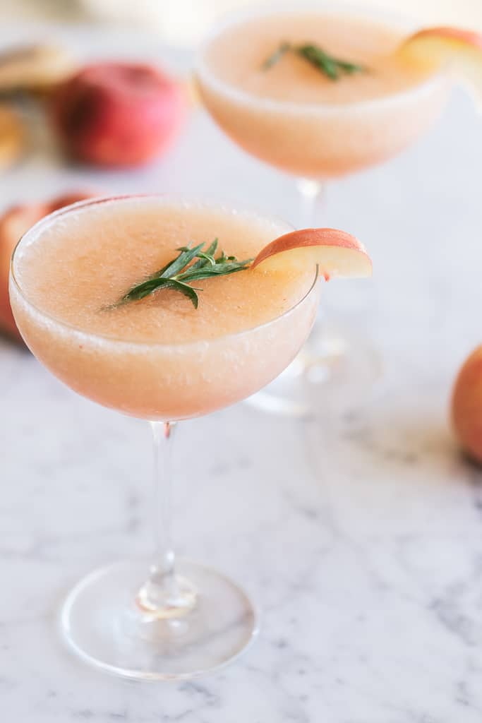 White Peach Frosè