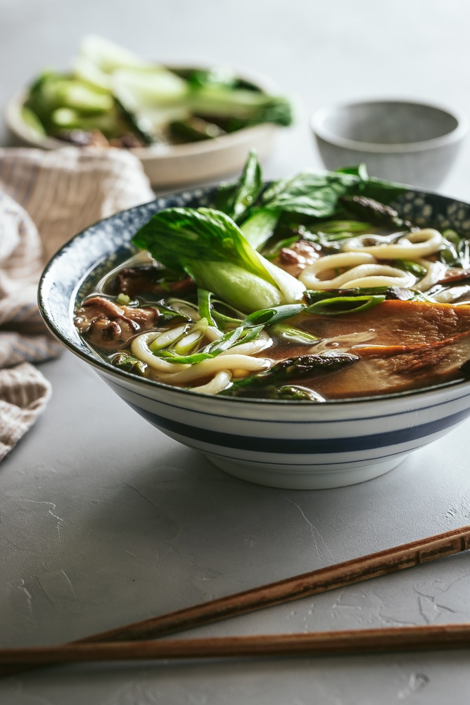 vegetable udon noodle soup