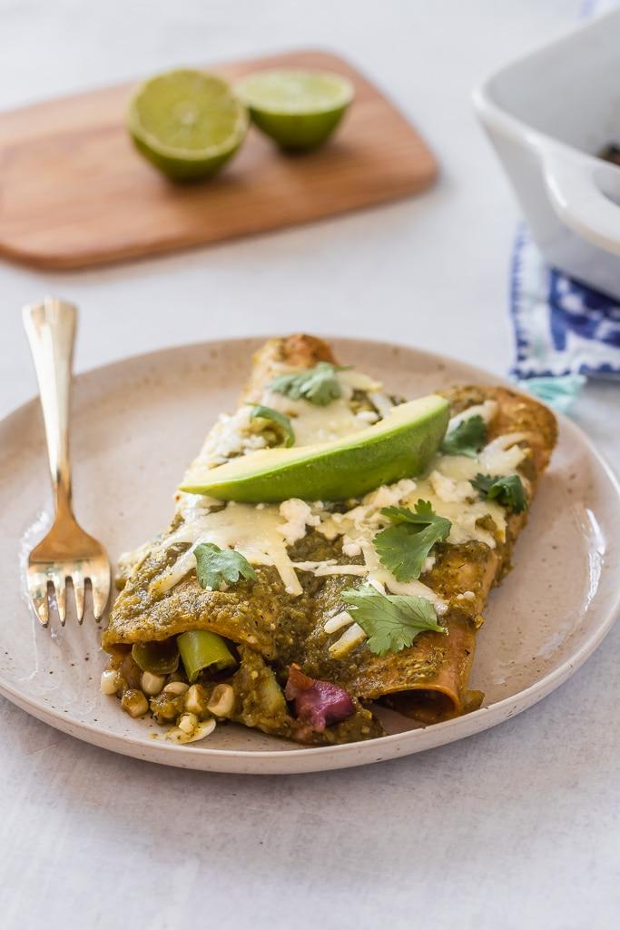 Hatch Green Chile Enchiladas Le Petit Eats