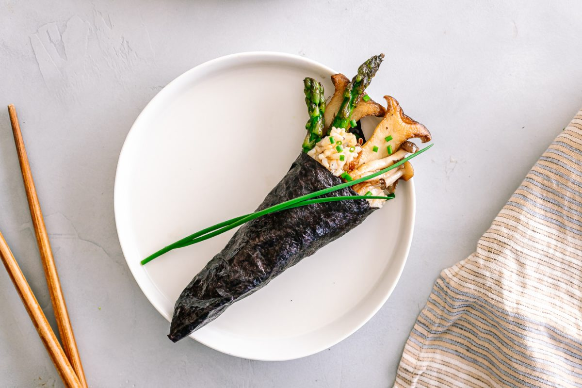 Brown Rice Vegetable Hand Roll